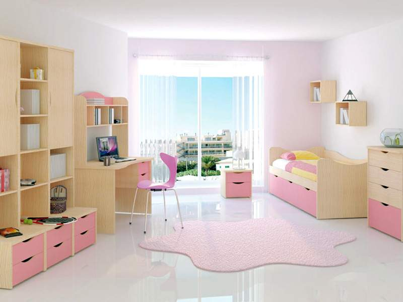 Set of children's furniture (elm)